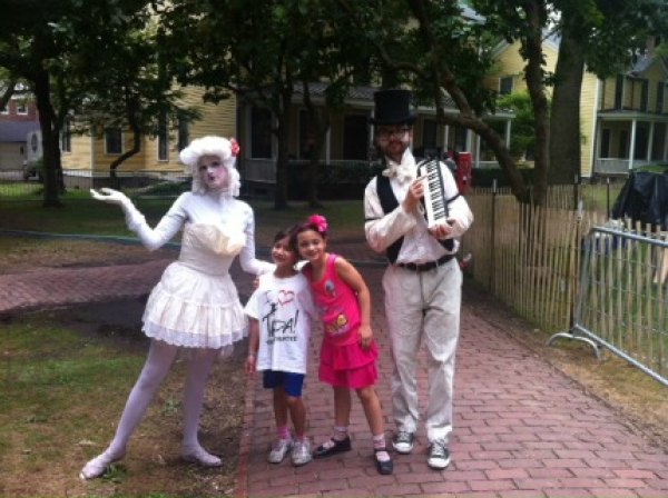 Mimes, musicians and other French entertainers add to the magical atmosphere