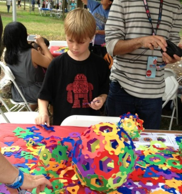 Exploring shapes with the National Museum of Mathematics