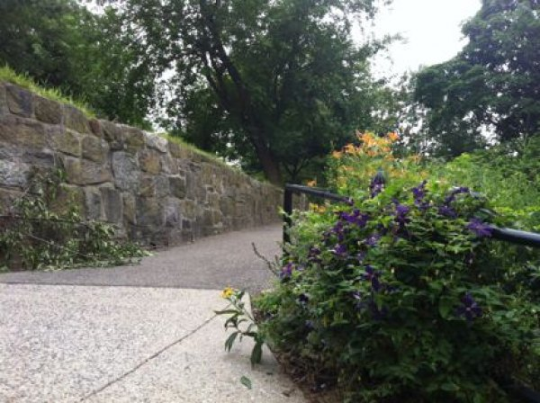 Volunteers work year-round to maintain Isham Park