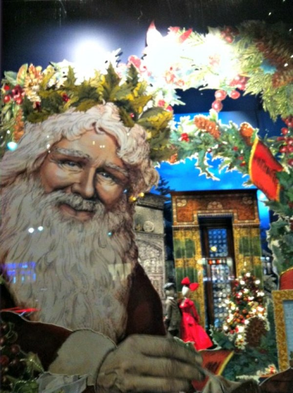 Santa looking rather Zeus-like in Lord & Taylor's windows