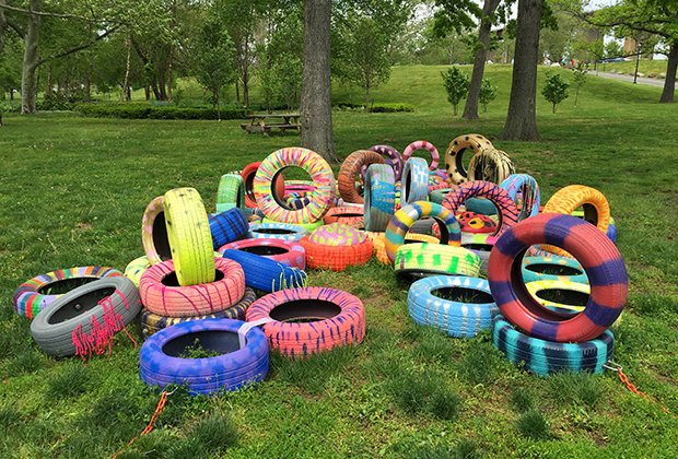7 free outdoor art exhibits to see with nyc kids now for Things to do with kids today in nyc